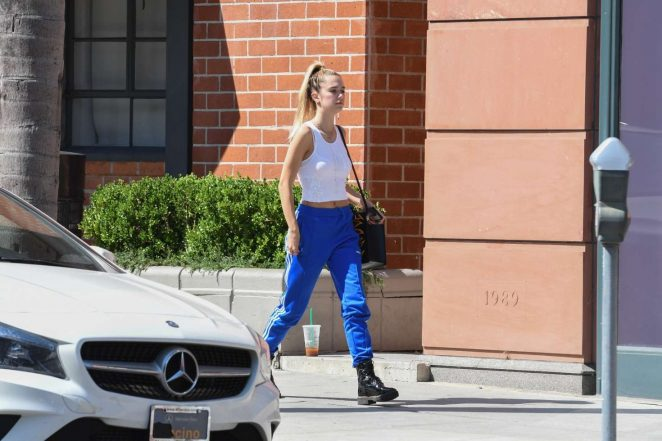 Delilah Hamlin: Leaving Go Greek Yogurt -04