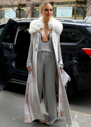 Delilah Hamlin - Outside Phillip Lim Fashion Show in NYC