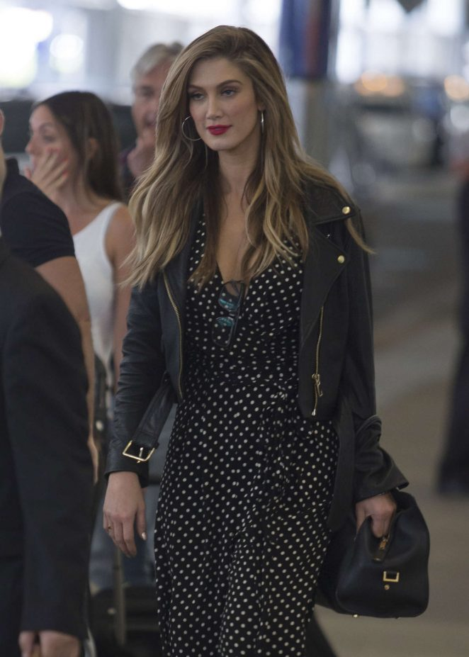 Delta Goodrem Arrives in Sydney