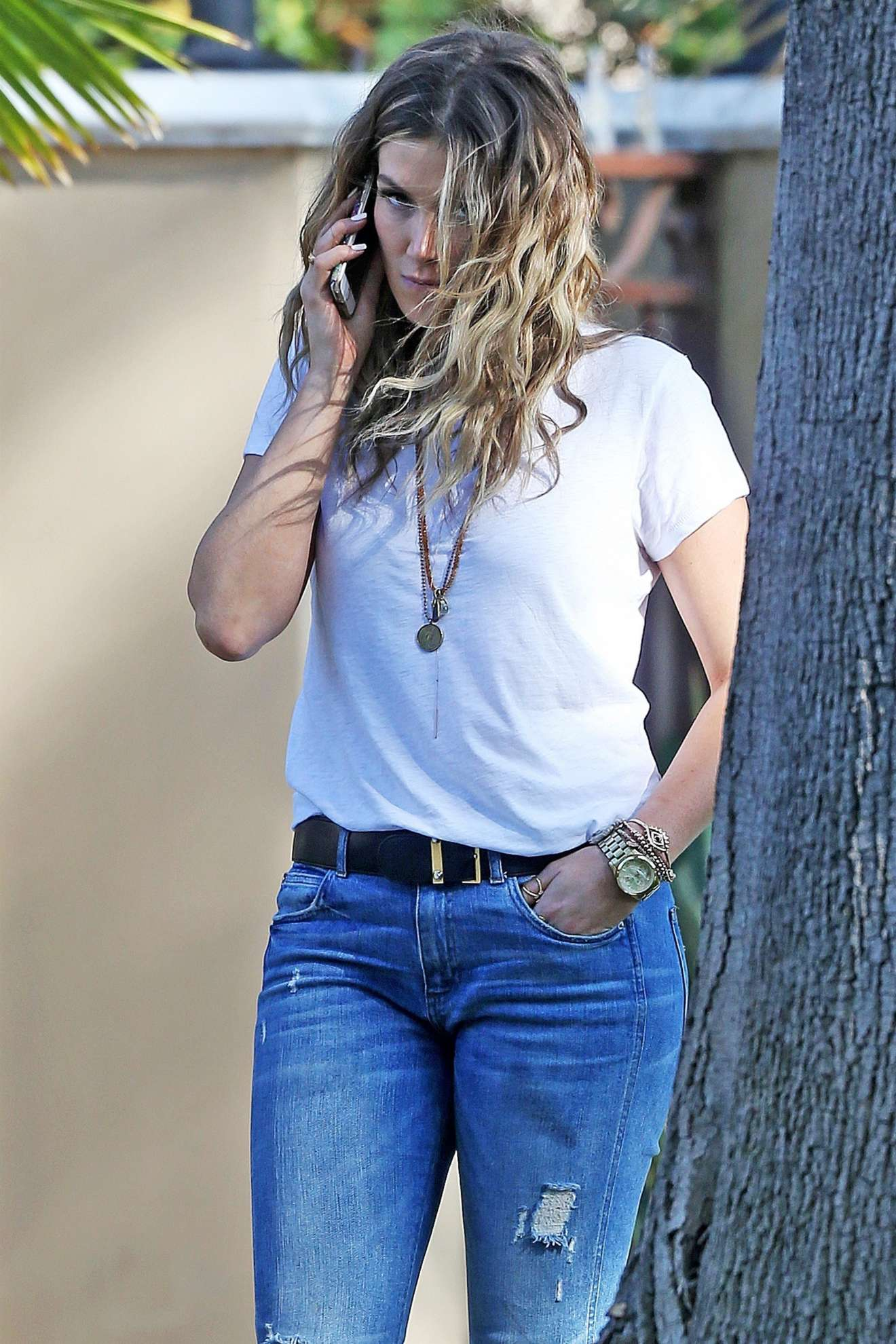 Delta Goodrem Out In Los Angeles Gotceleb