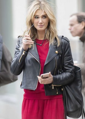 Delta Goodrem - Out to lunch in New York City