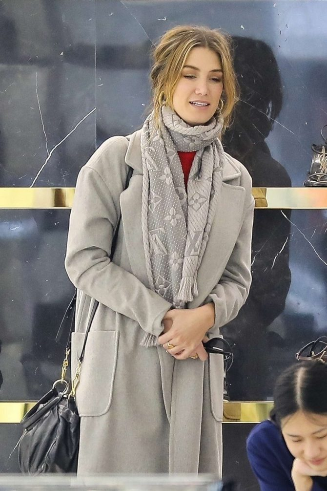 Delta Goodrem - Shopping at YSL on Rodeo Drive in Beverly Hills