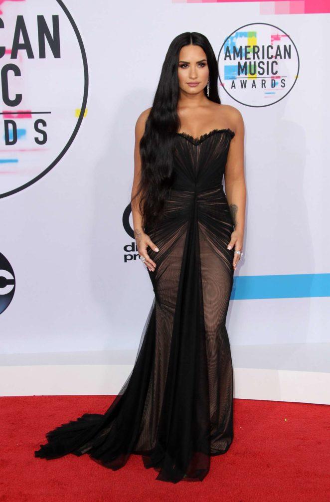 Demi Lovato: 2017 American Music Awards -07