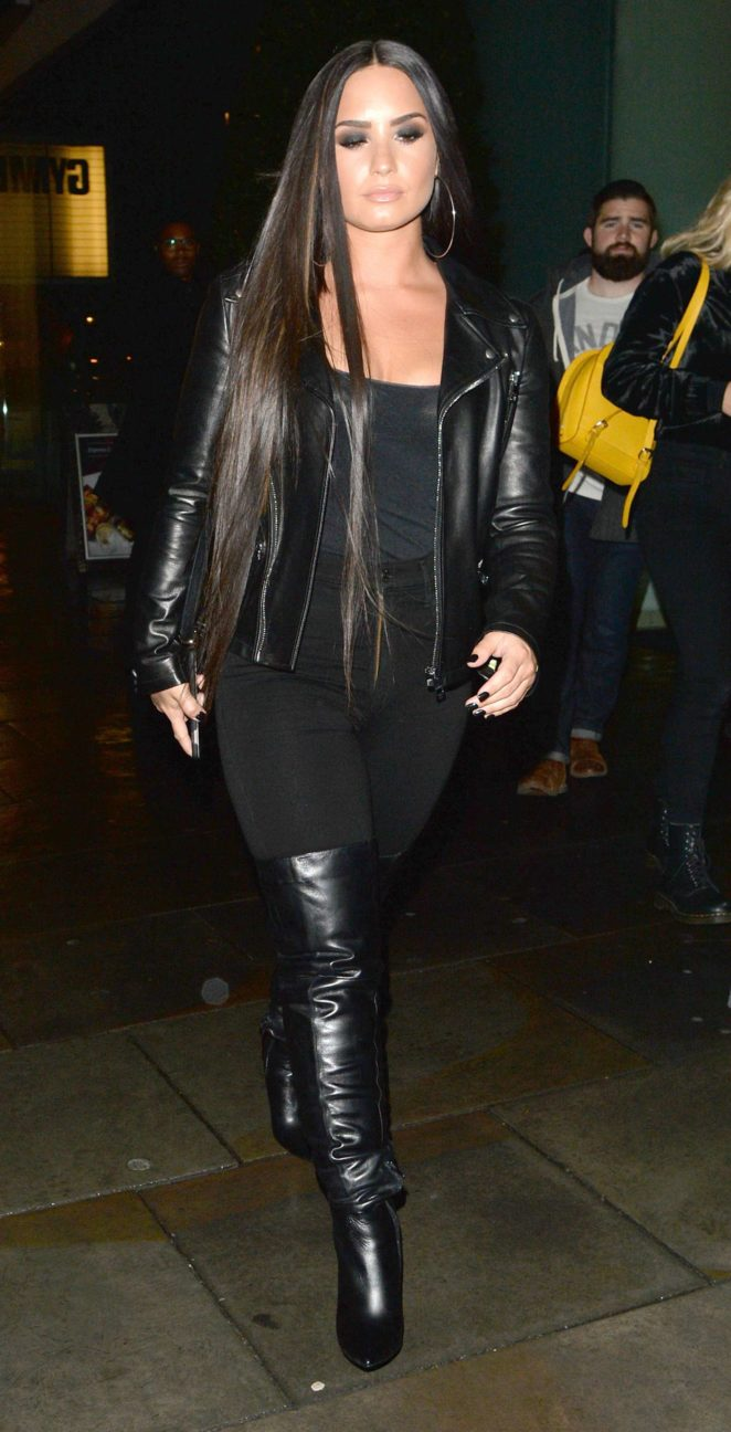 Demi Lovato - Arriving at Wembley Stadium in London