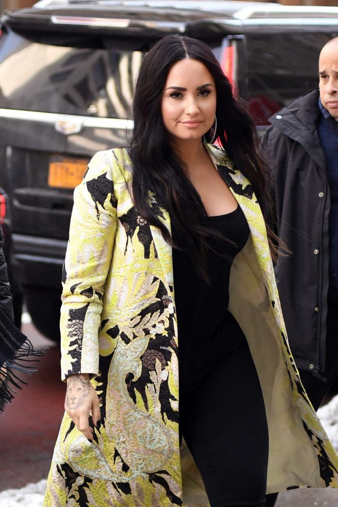 Demi Lovato – Arriving at Z100 radio station in New York City