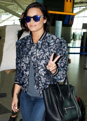 Demi Lovato in Jeans at the airport in London