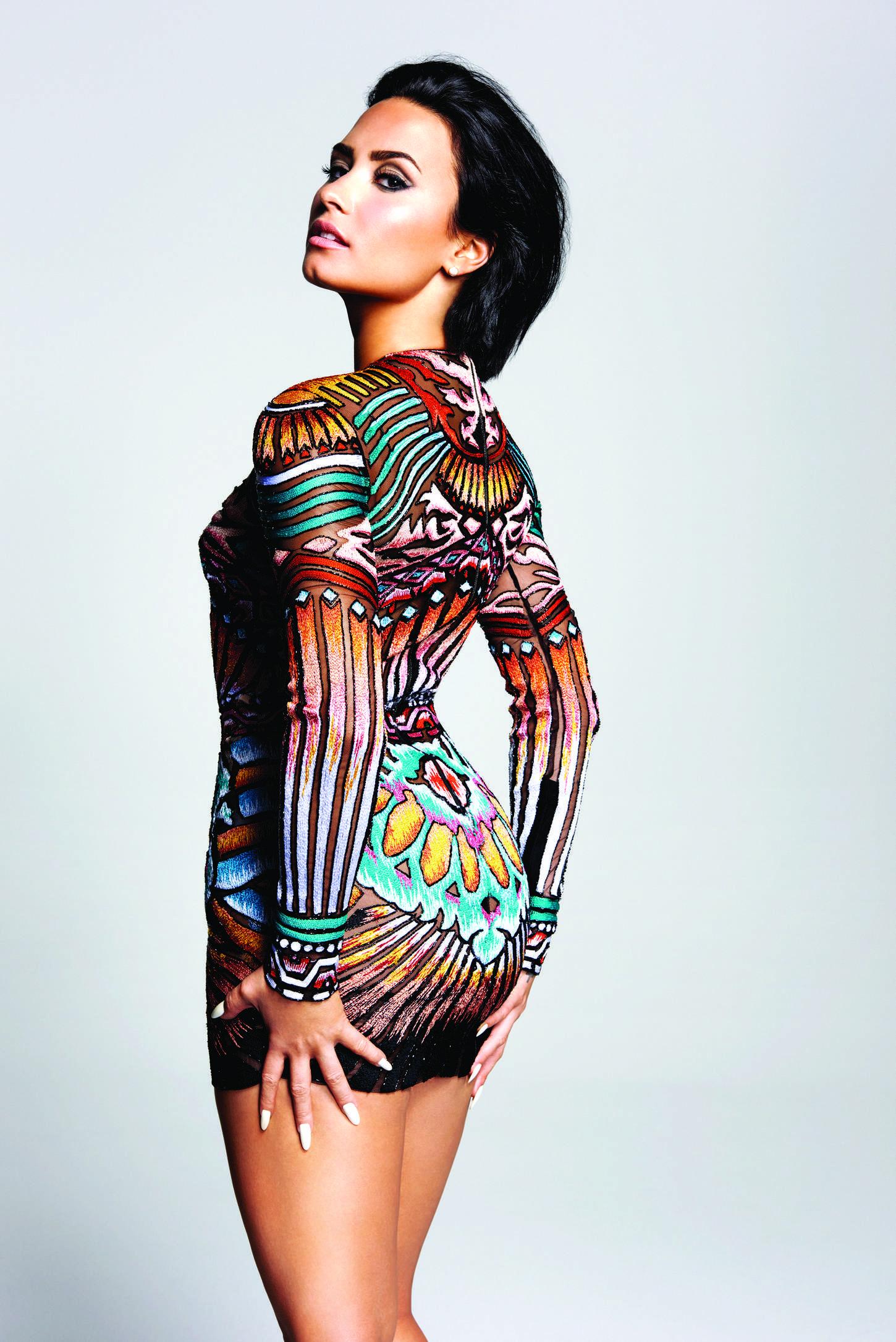 Lovato hot photoshoot demi