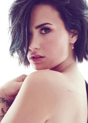 Demi Lovato: Cosmopolitan US 2015 -08