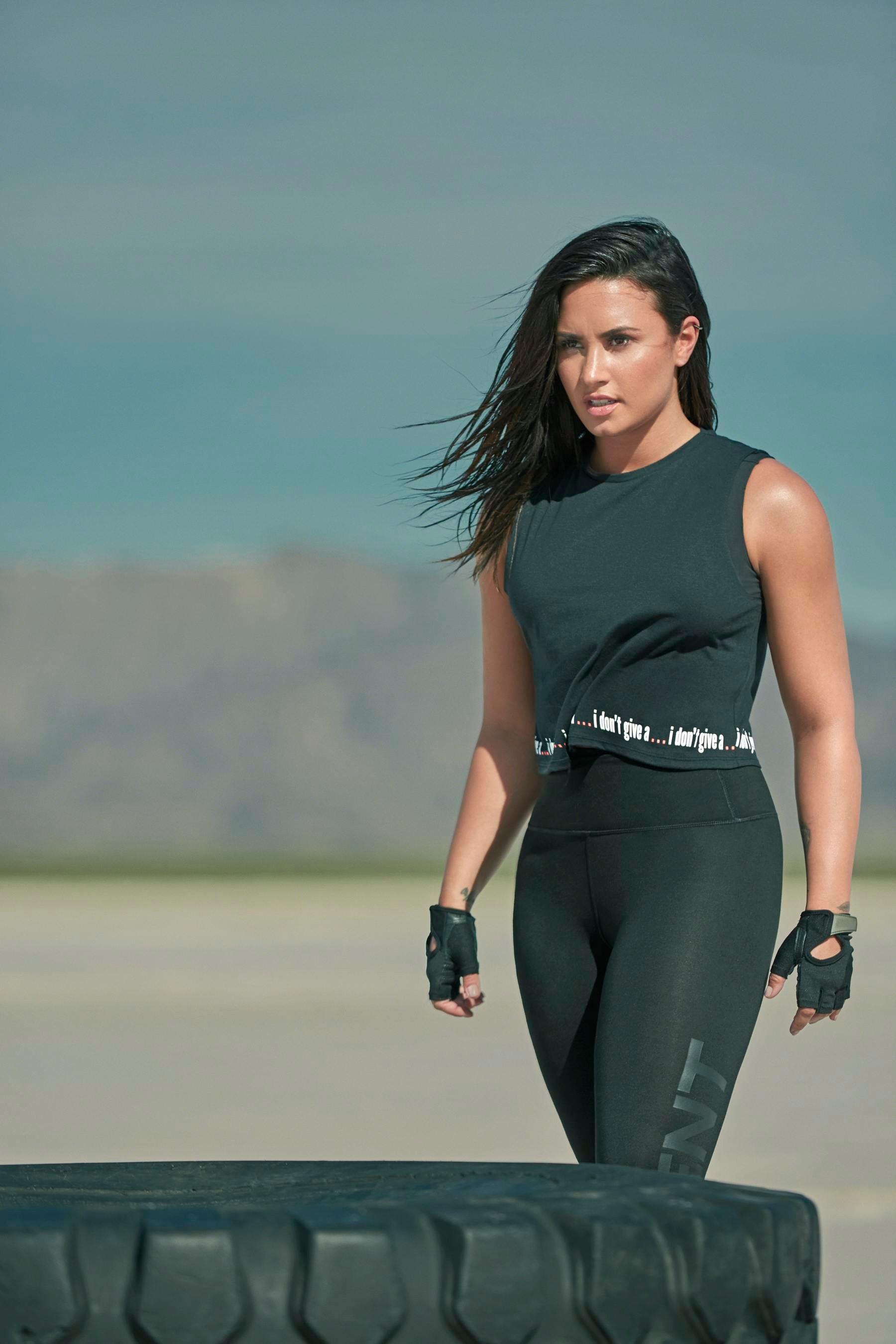 Demi Lovato Fabletics Photoshoot 2017 13 Gotceleb