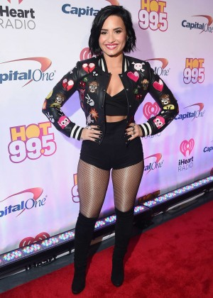 Demi Lovato - Hot 99.5's Jingle Ball 2015 in Washington