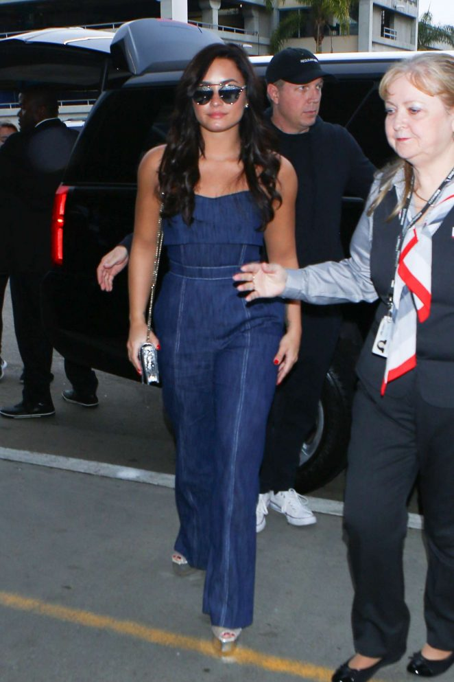 Demi Lovato in Jeans at LAX Airport in Los Angeles