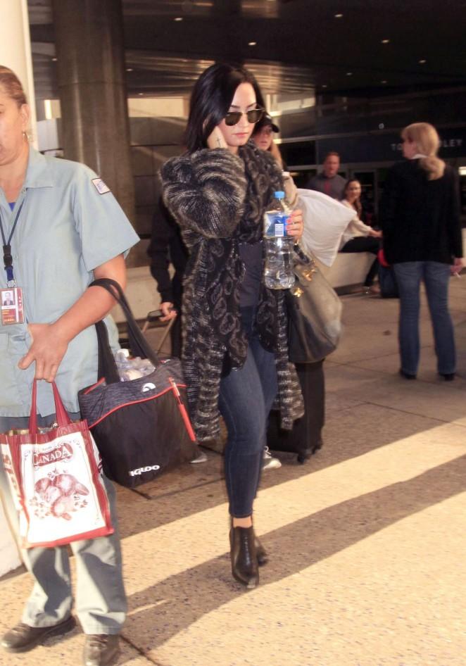 Demi Lovato - LAX airport in LA