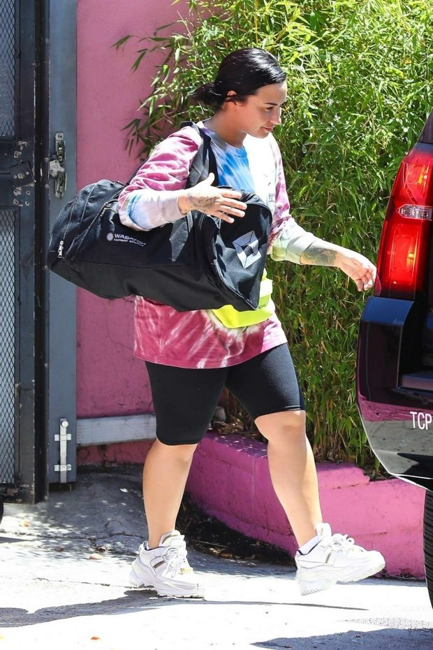 Demi Lovato: Leaves the gym in Los Angeles -02
