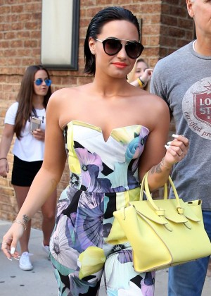 Demi Lovato - Leaving her hotel in New York