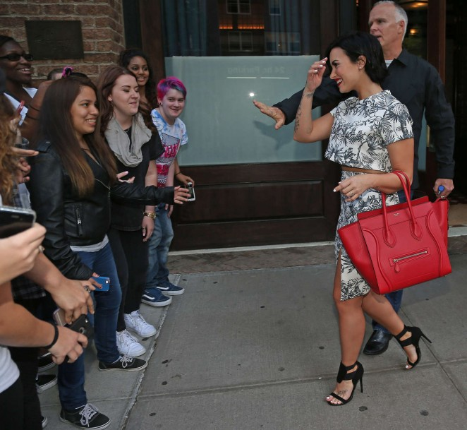 Demi Lovato: Leaving her NY Hotel -11