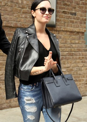 Demi Lovato - Leaving the Greenwich hotel in Tribeca