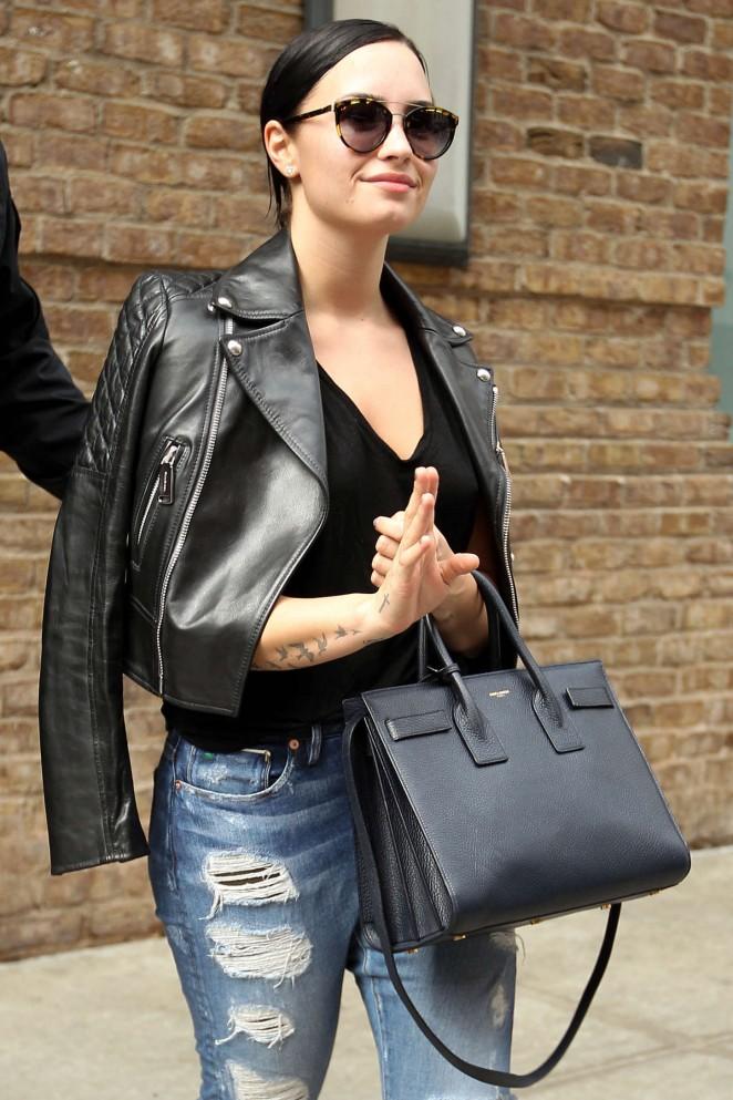 Demi Lovato - Leaving the Greenwich hotel in Tribeca