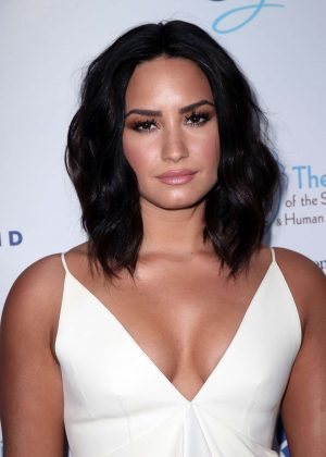 Demi Lovato - Open Mind Gala in Los Angeles