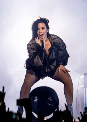 Demi Lovato - Performing at Margaret Court Arena in Melbourne