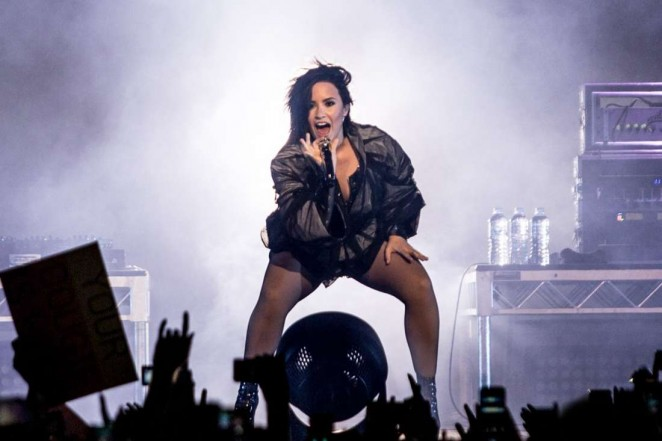 Demi Lovato – Performing at Margaret Court Arena in Melbourne