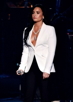 Demi Lovato - Performs at 2016 GRAMMY Awards in Los Angeles