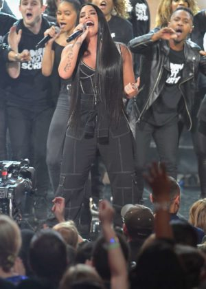 Demi Lovato - Performs at 2017 American Music Awards in LA