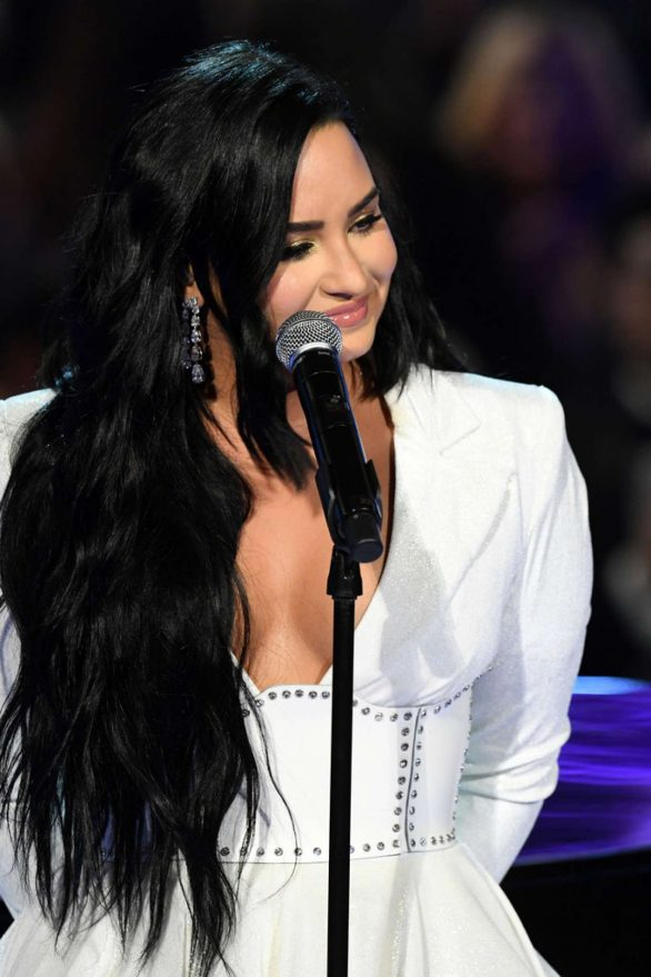 Demi Lovato - Performs at 2020 Grammy Awards in Los Angeles