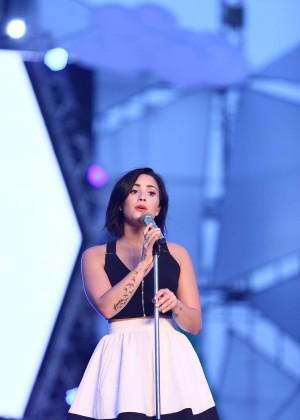 Demi Lovato: Rehearsing for YAN Beatfest -03