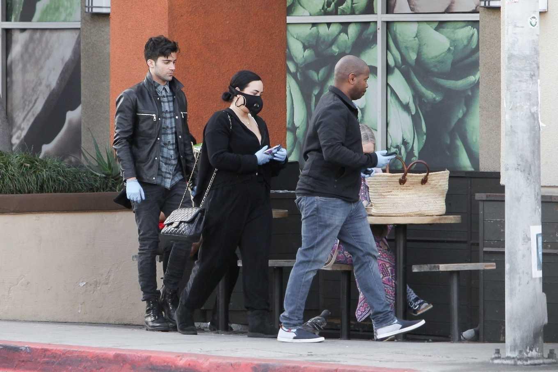 Demi Lovato 2020 : Demi Lovato – Shopping at Erewhon in Los Angeles-09