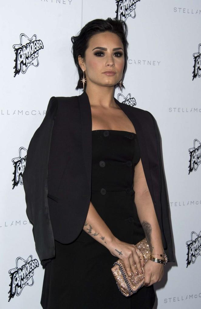 Demi Lovato - Stella McCartney Autumn 2016 Presentation in Los Angeles