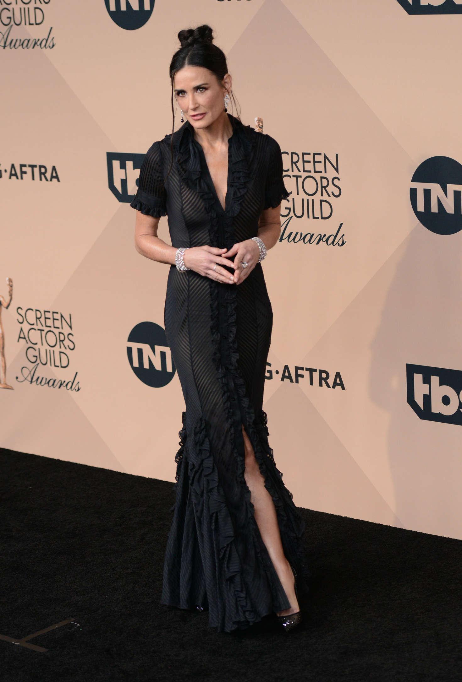 Bel Air Car >> Demi Moore – 22nd Annual Screen Actors Guild Awards in Los ...