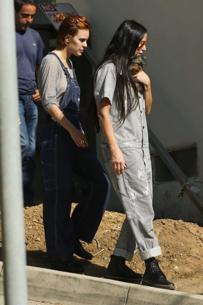 Demi Moore and Tallulah Willis out in LA