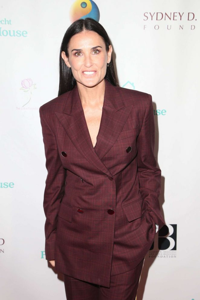 Demi Moore - Friendly House Lunch in Los Angeles