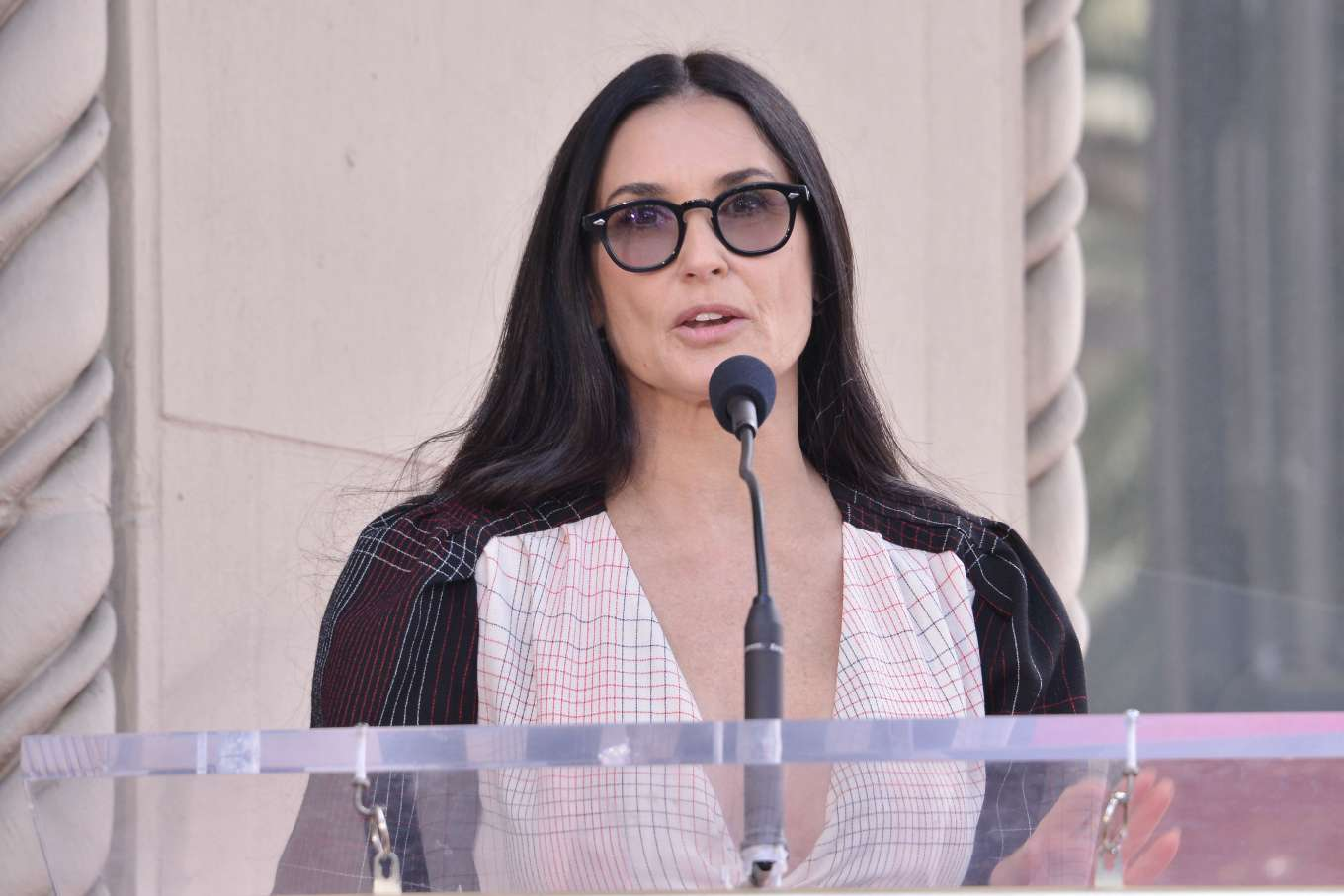 Demi Moore 2019 : Demi Moore: Lucy Liu Hollywood Walk of Fame Ceremony in Hollywood-02