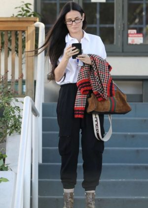 Demi Moore - Out in Los Angeles