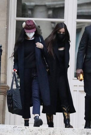 Demi Moore - With Scout Willis leaving the FENDI show during the Fashion Weeki in Paris