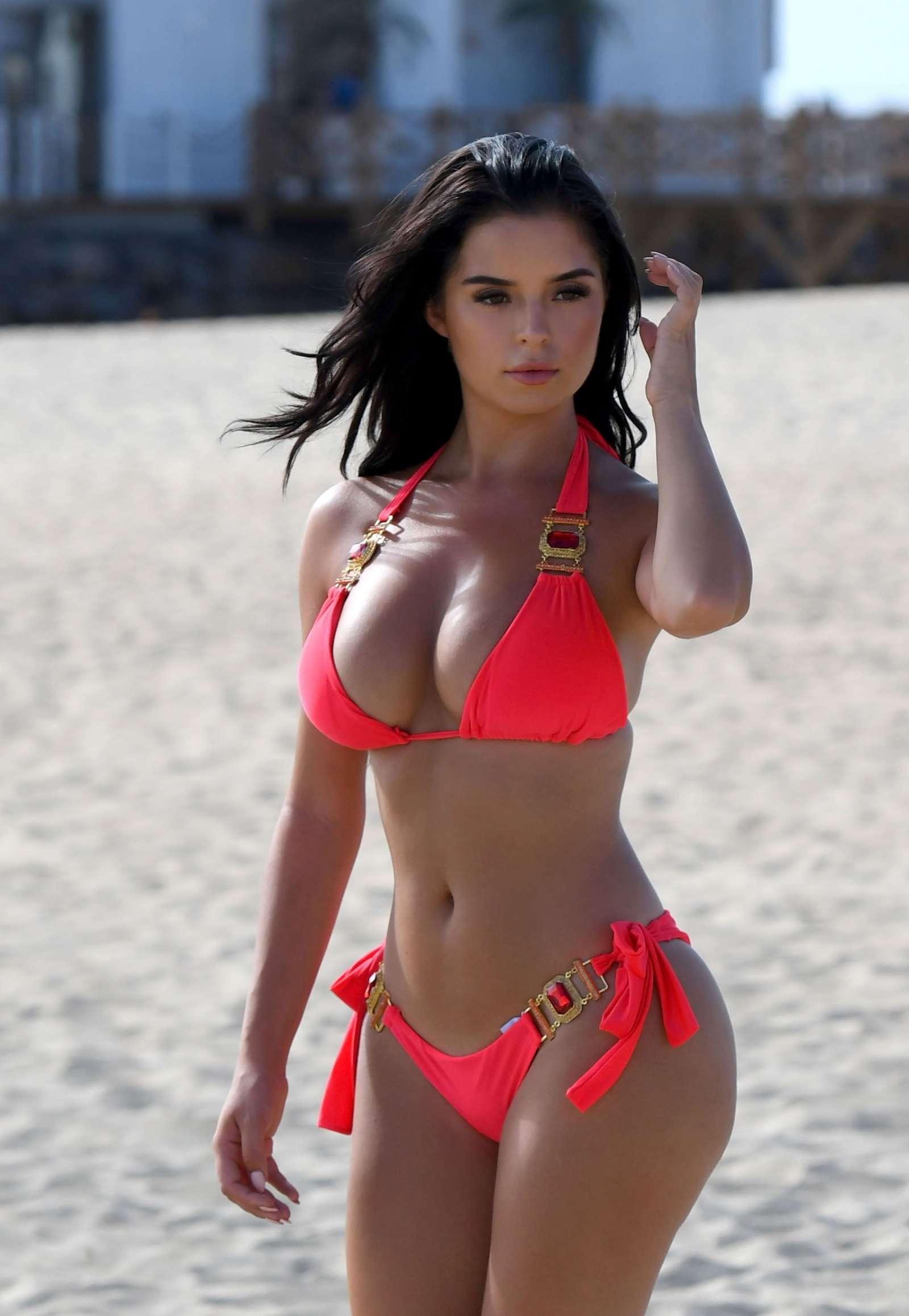 Demi Rose Mawby 2017 : Demi Rose Mawby: Hot In Bikini at Bikini Beach Club-10