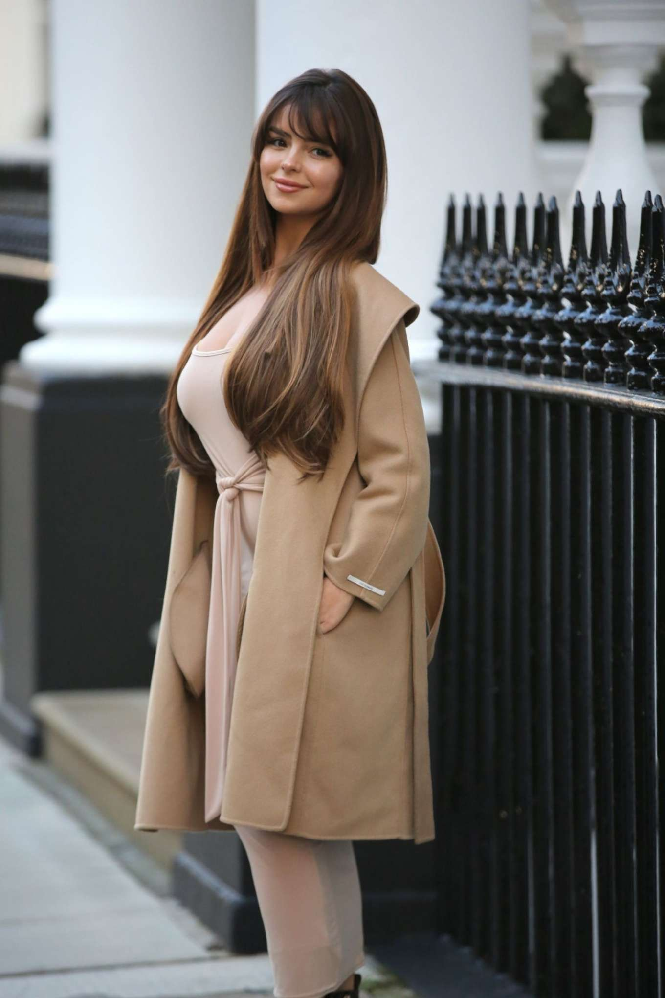 Demi Rose Mawby 2019 : Demi Rose Mawby – Pictured at Pop Up Boutique in London-02