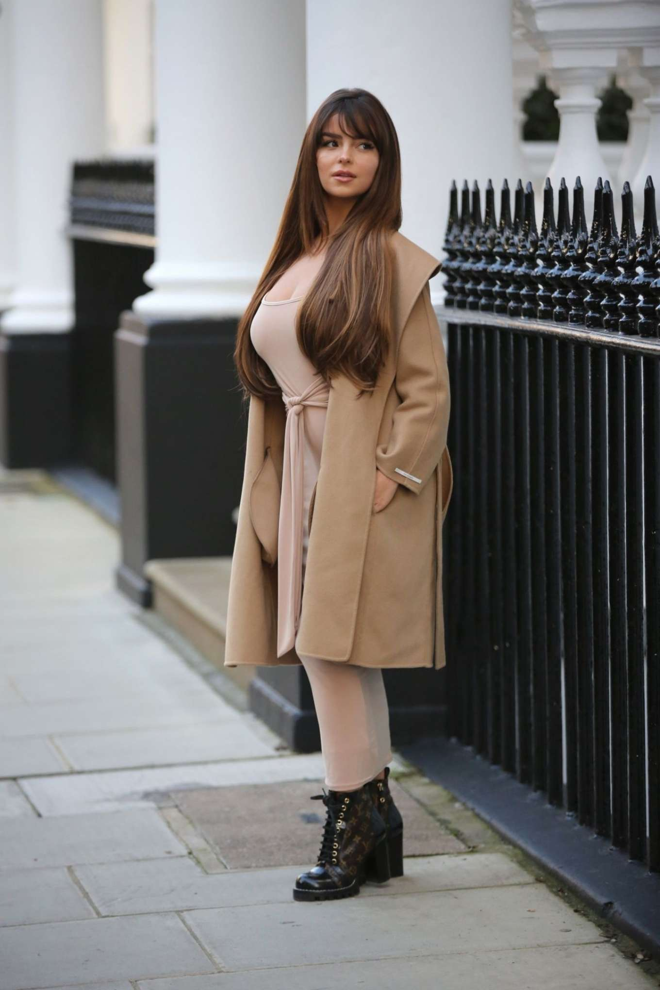 Demi Rose Mawby 2019 : Demi Rose Mawby – Pictured at Pop Up Boutique in London-05