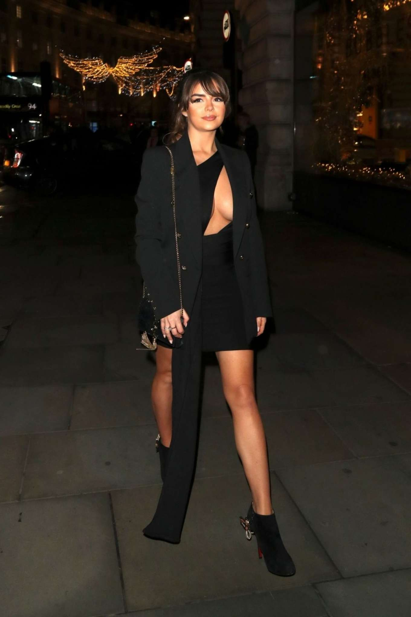 Demi Rose Mawby 2019 : Demi Rose Mawby was pictured while arriving at Cafe Royal in London-04