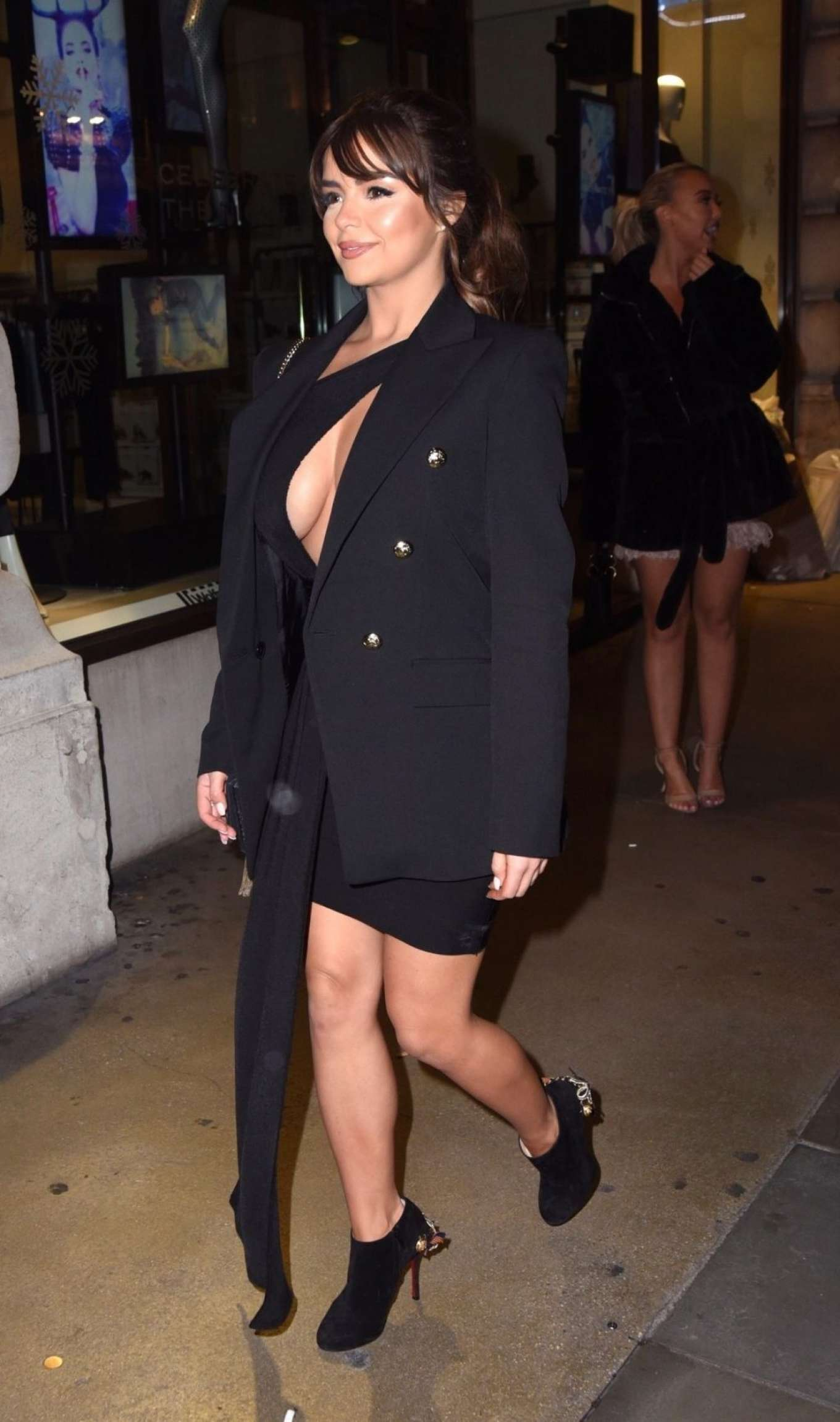 Demi Rose Mawby 2019 : Demi Rose Mawby was pictured while arriving at Cafe Royal in London-12