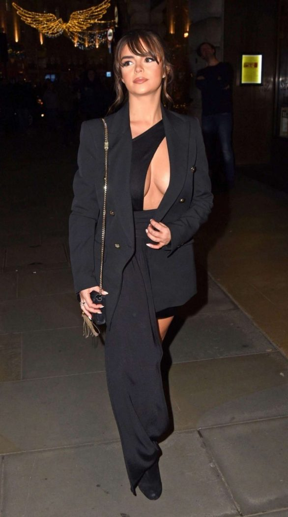 Demi Rose Mawby 2019 : Demi Rose Mawby was pictured while arriving at Cafe Royal in London-47