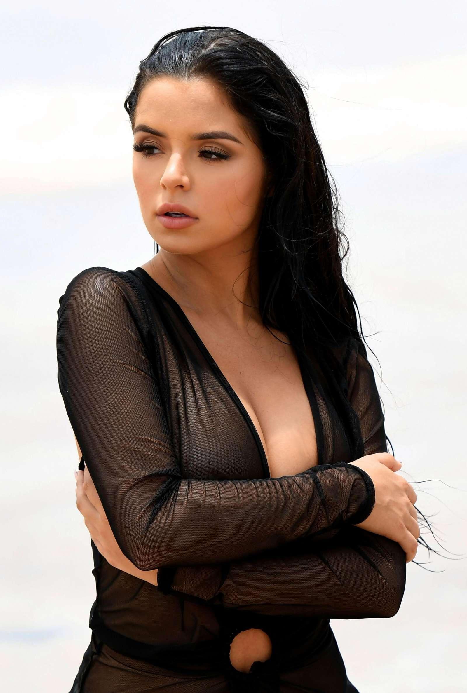 Demi lovato hot ass clips - 3 8