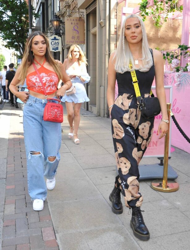 Demi Sims - With Frankie out at Boujee bar an restaraunt in Manchester