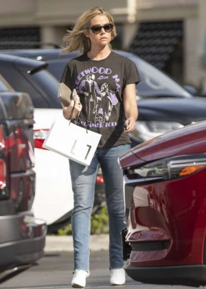 Denise Richards - Out in Calabasas