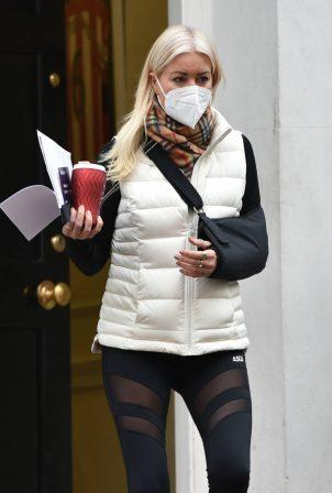 Denise Van Outen - leaving a medical clinic in London