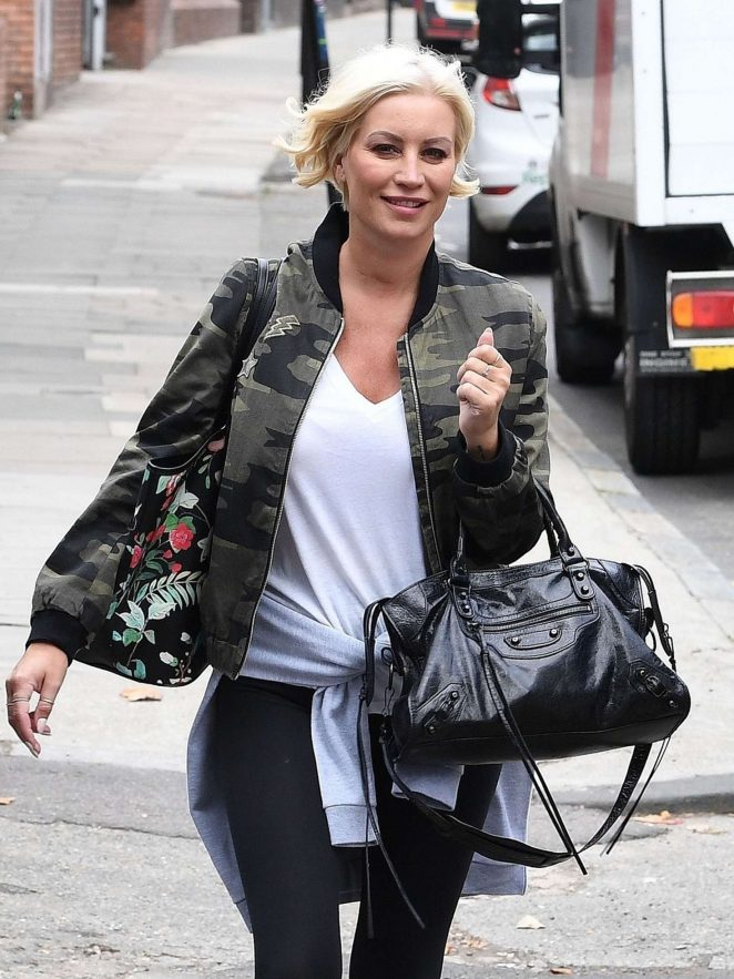 Denise Van Outen - Leaving a Studio in London