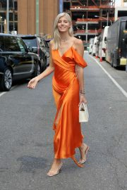 Devon Windsor - Arrives at Jonathan Simkhai Fashion Show in New York