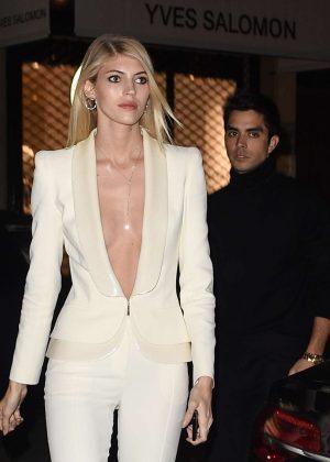 Devon Windsor - Arrives at the Vogue party in Paris