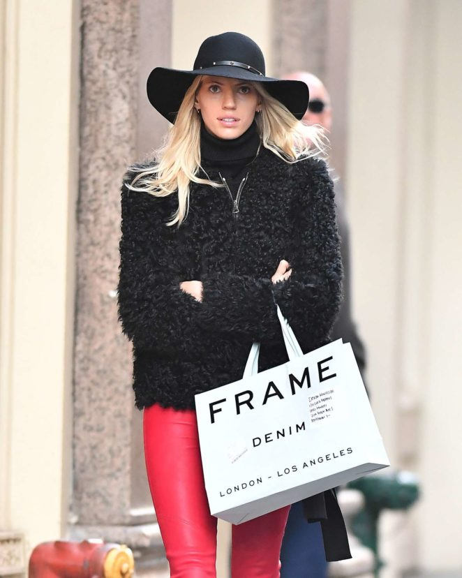 Devon Windsor in Red Leather – Shopping in NYC